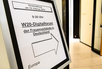 3  W20 Dialogforum d  Frauenverb  in Deutschland-31